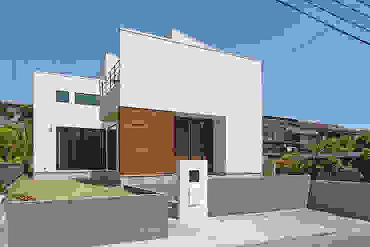Huizen door OARK一級建築士事務所, Modern
