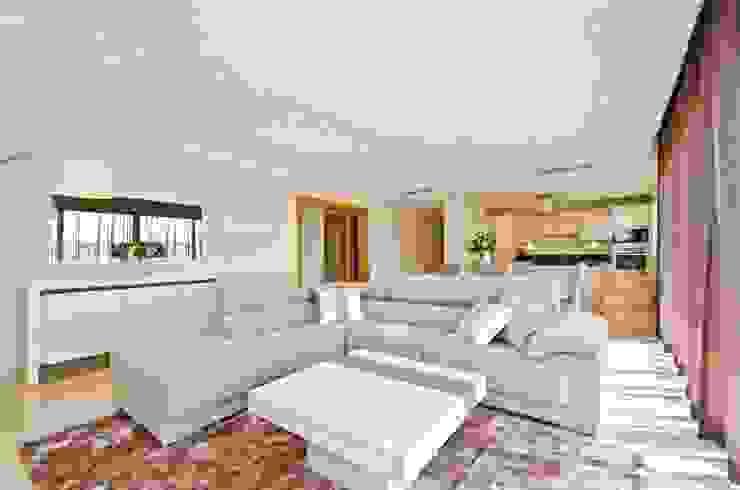 Private Interior Design Project – Ferragudo por Simple Taste Interiors Clássico