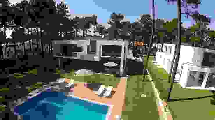Kiss-house – Herdade da Aroeira – Portugal Casas minimalistas por Arquitecto Telmo Minimalista Betão