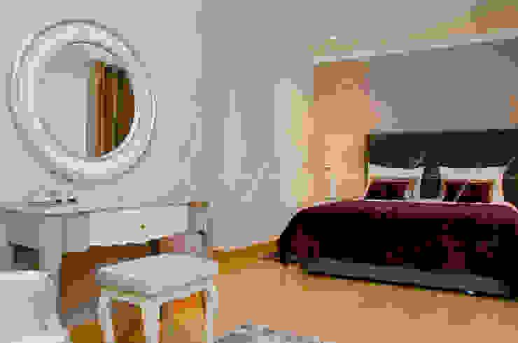 Private Interior Design Project – Apartment Vila Sol Palmyra por Simple Taste Interiors Clássico