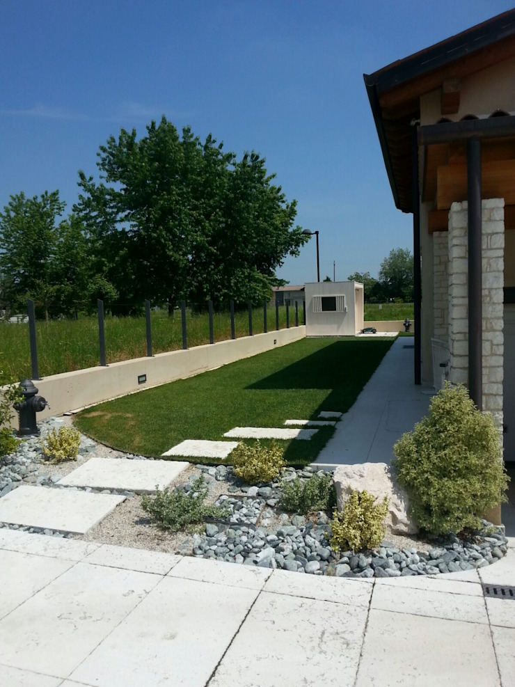giardino Giardino classico di Architetti Baggio Classico