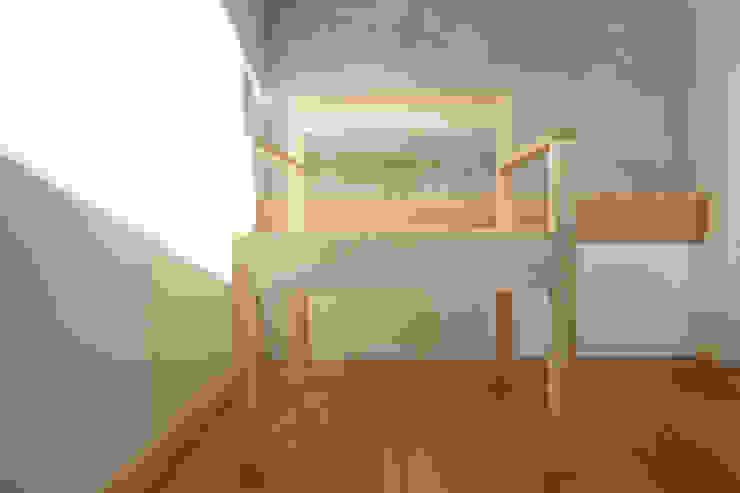 La Quadra Contesini Studio & Bottega SoggiornoSgabelli & Sedie Legno massello Effetto legno