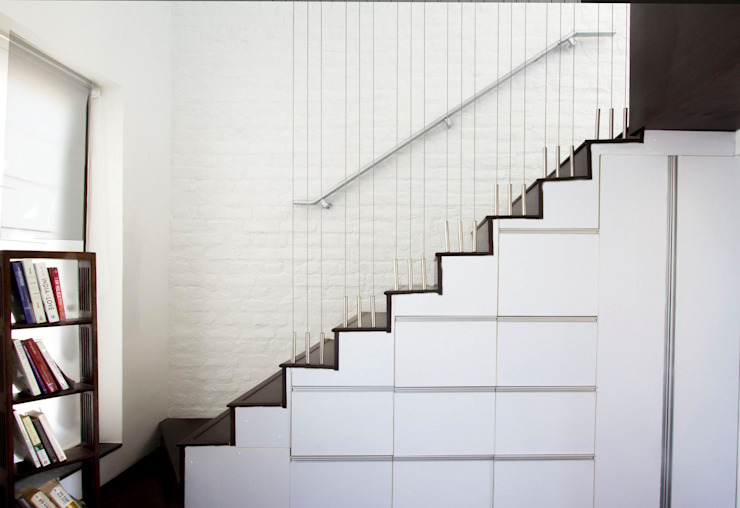 The Staircase - 1 Minimalist corridor, hallway & stairs by Urban Shaastra Minimalist