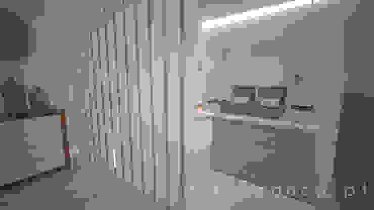 Sala de Espera Clínicas modernas por Areabranca Moderno