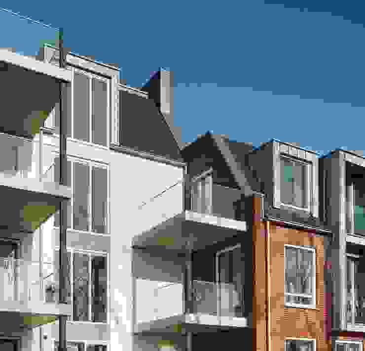 groovEe™ by EeStairs Moderne kantoor- & winkelruimten van EeStairs | Stairs and balustrades Modern