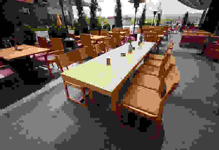 modern  by ArcorA Custom Made Furniture, Modern
