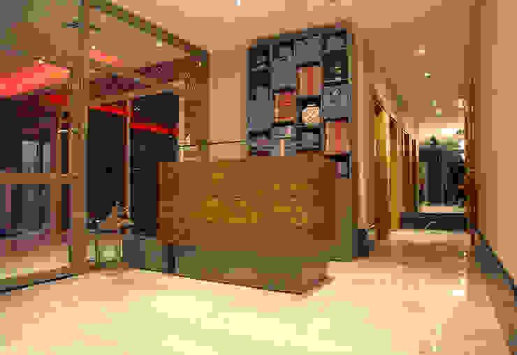 ArcorA Custom Made Furniture – Koru Otel_ Ankara: minimalist tarz , Minimalist