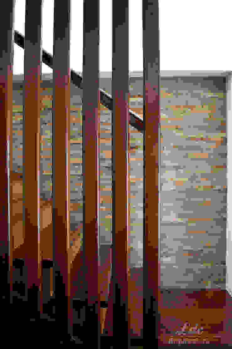LDC Arquitectura ห้องโถงทางเดินและบันไดสมัยใหม่ ไม้ Wood effect