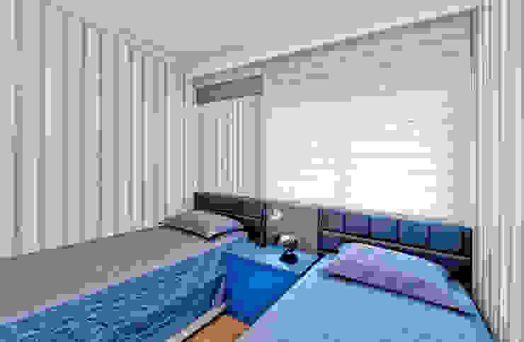 Modern style bedroom by Tatiana Junkes Arquitetura e Luminotécnica Modern