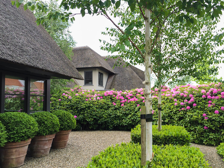 Vosselman Buiten Modern style gardens
