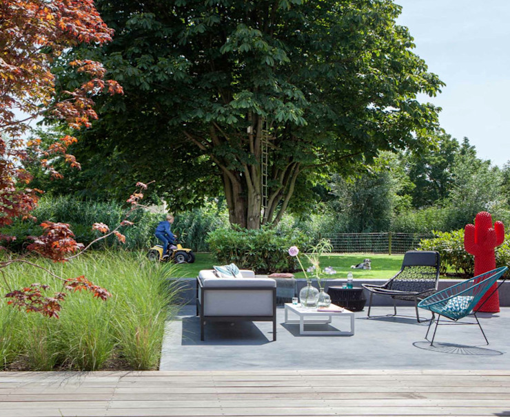 Familietuin Moderne tuinen van Vosselman Buiten Modern