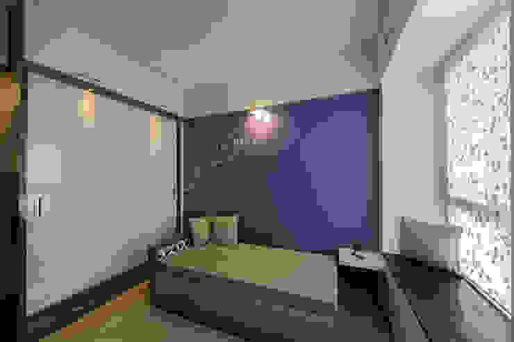 Daughters Room Modern style bedroom by Navmiti Designs Modern