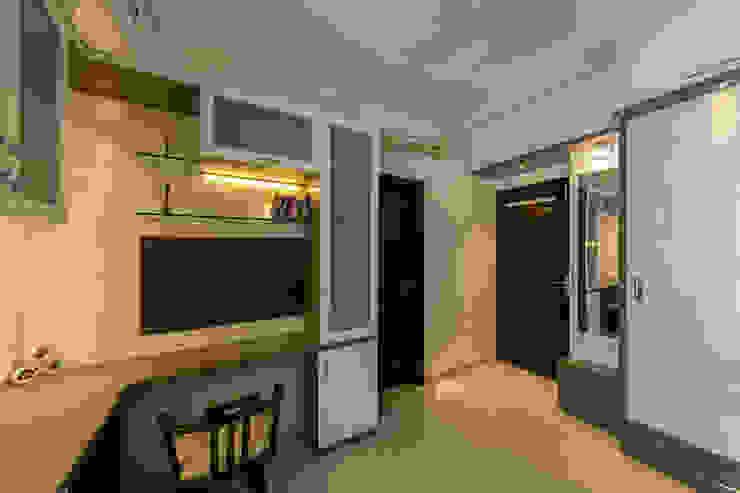 Navmiti Designs Studio moderno
