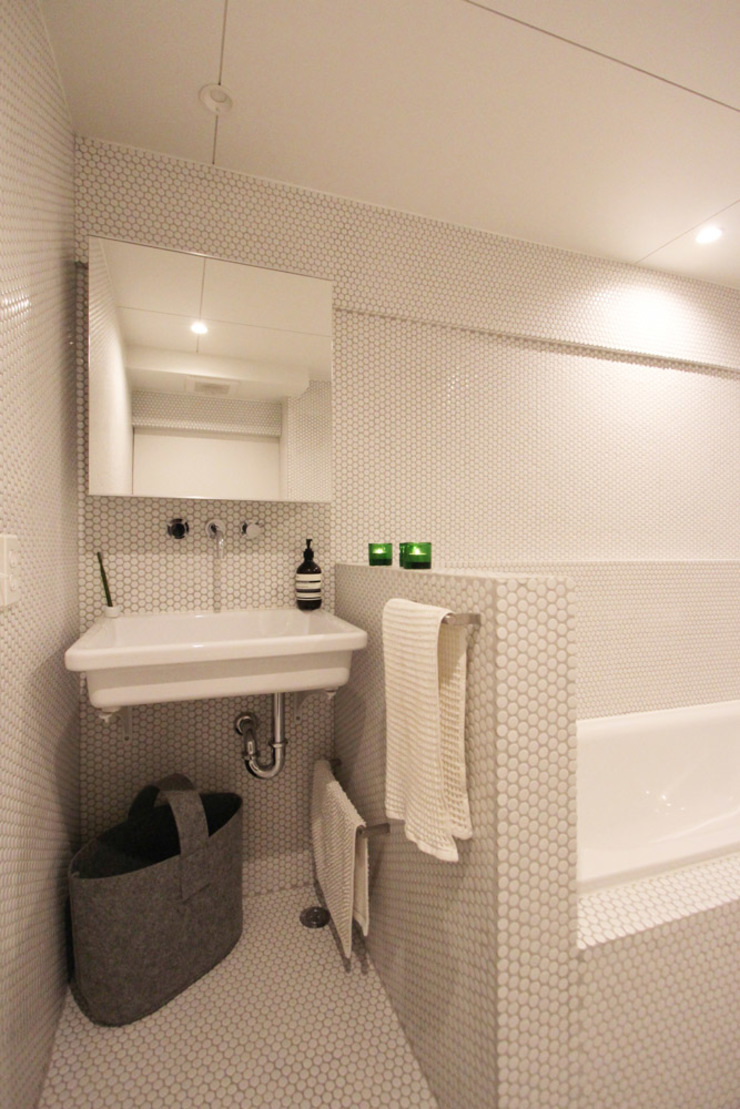 MORTAR POT nuリノベーション Minimalist bathroom