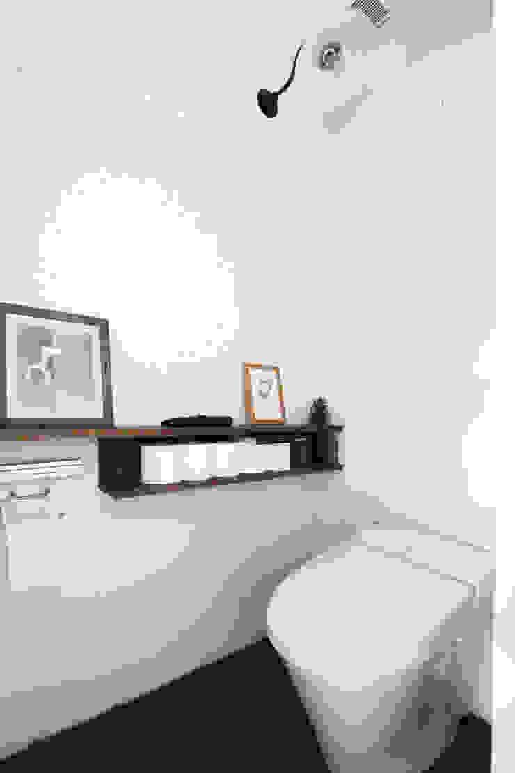 otokonoshiro Baños de estilo minimalista de nuリノベーション Minimalista