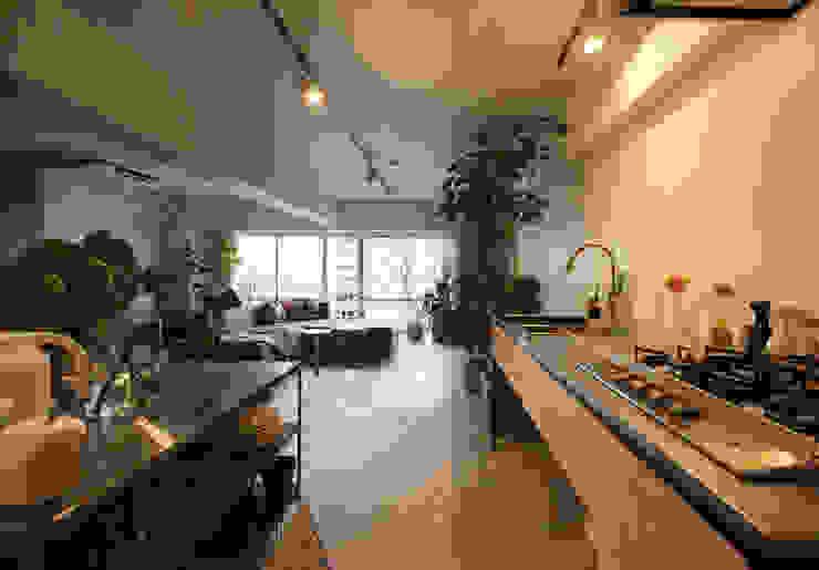 MORTAR POT nuリノベーション Minimalist kitchen