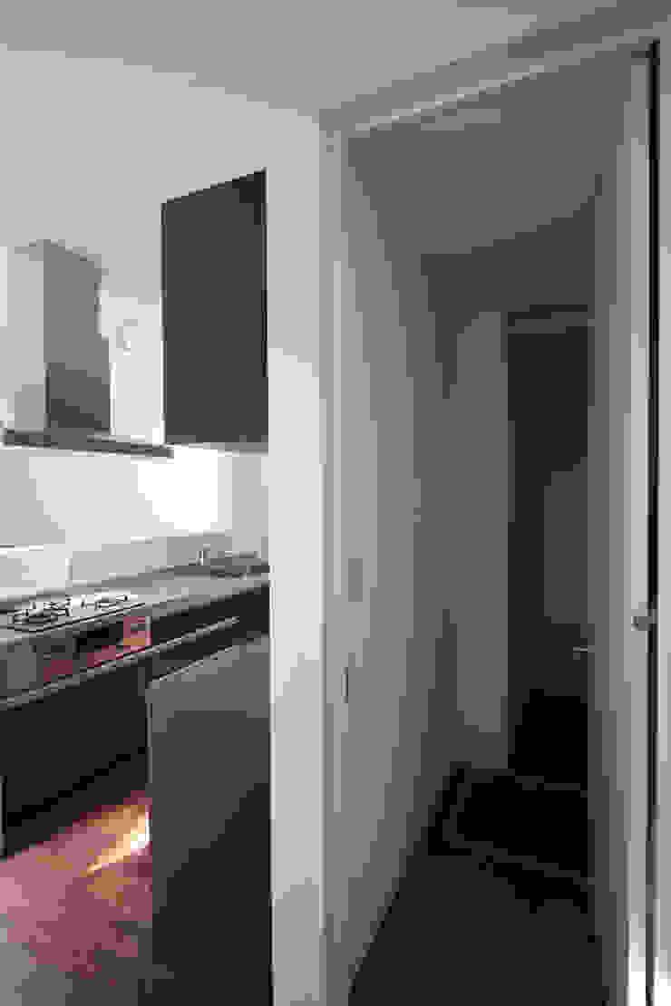 パントリー 一級建築士事務所アトリエm モダンな キッチン