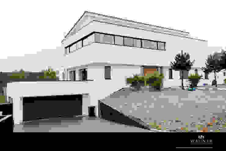 Rumah Gaya Eklektik Oleh Wagner Möbel Manufaktur Eklektik