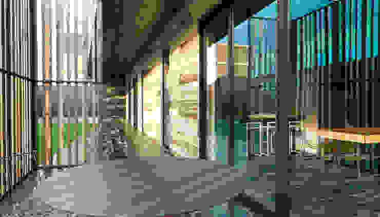 Minimalist houses by Мастерская Grynevich Dmitriy Minimalist Wood Wood effect