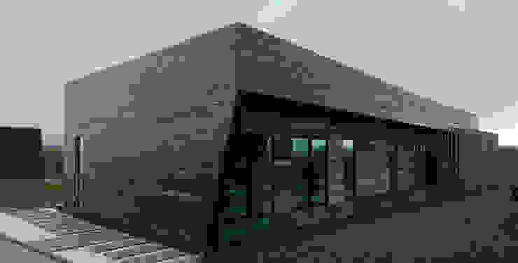 Wood House: Дома в . Автор – Мастерская Grynevich Dmitriy, Минимализм Дерево Эффект древесины