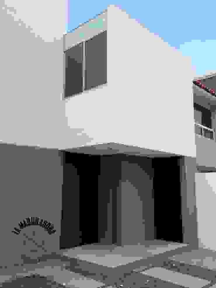 Casa Alborada Casas minimalistas de La Maquiladora / taller de ideas Minimalista
