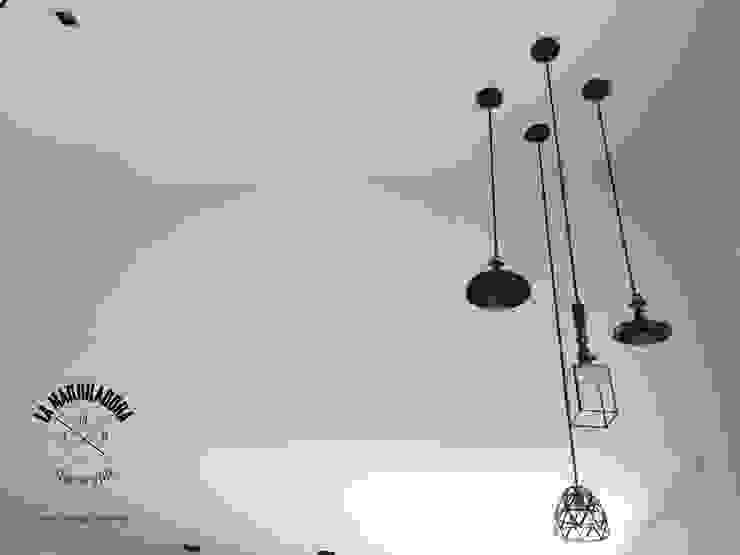 Modern living room by La Maquiladora / taller de ideas Modern