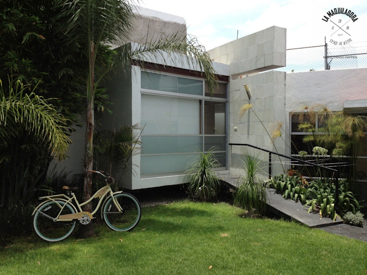 Casa 34 La Maquiladora / taller de ideas Casas minimalistas