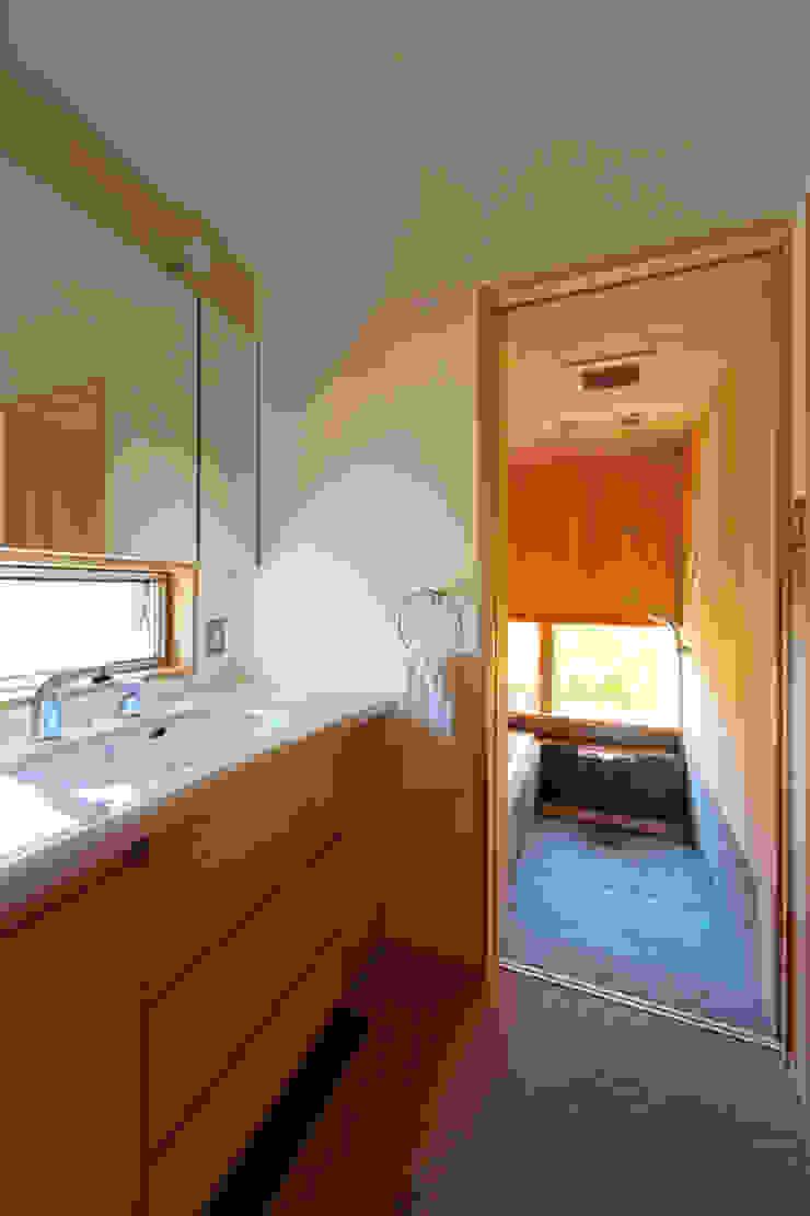 下古山・中庭のある家 中山大輔建築設計事務所/Nakayama Architects オリジナルスタイルの お風呂
