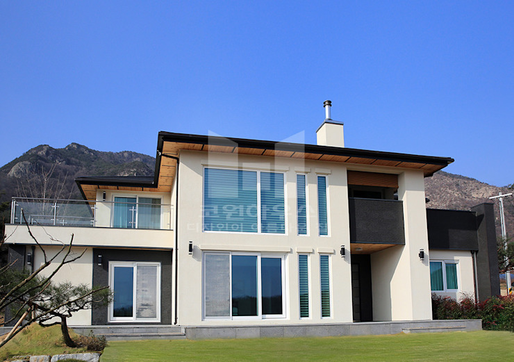 디자인과 실용성을 생각한 외관: 코원하우스의  주택