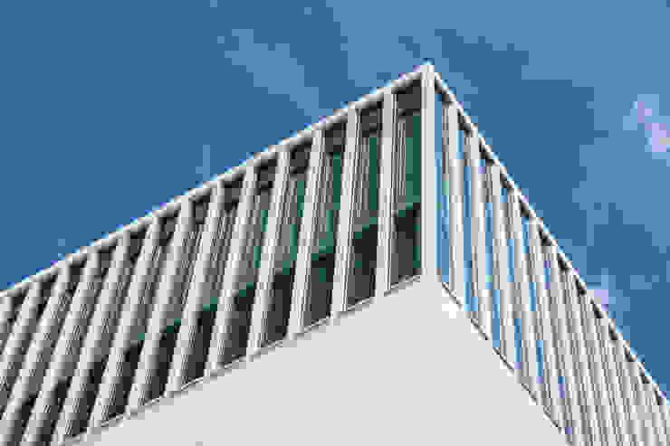 SICHTKREIS.COM Architekturfotografie Berlin Salones de eventos de estilo minimalista Hormigón Blanco