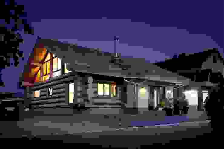 Puertas y ventanas rústicas de Kneer GmbH, Fenster und Türen Rústico