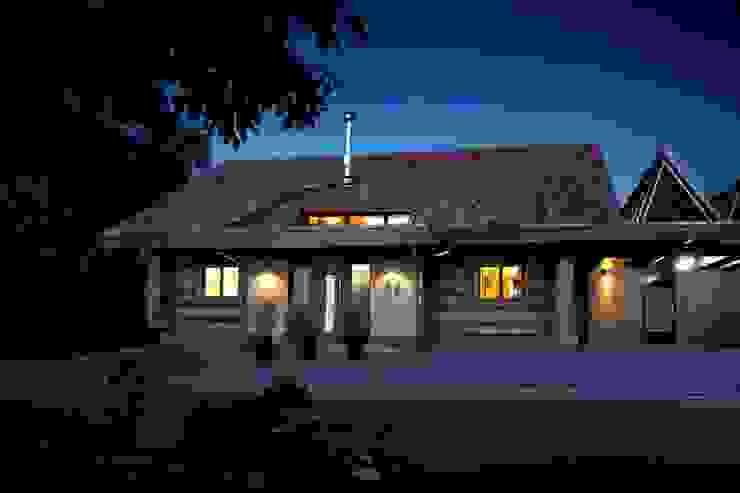 Окна и двери в рустикальном стиле от Kneer GmbH, Fenster und Türen Рустикальный