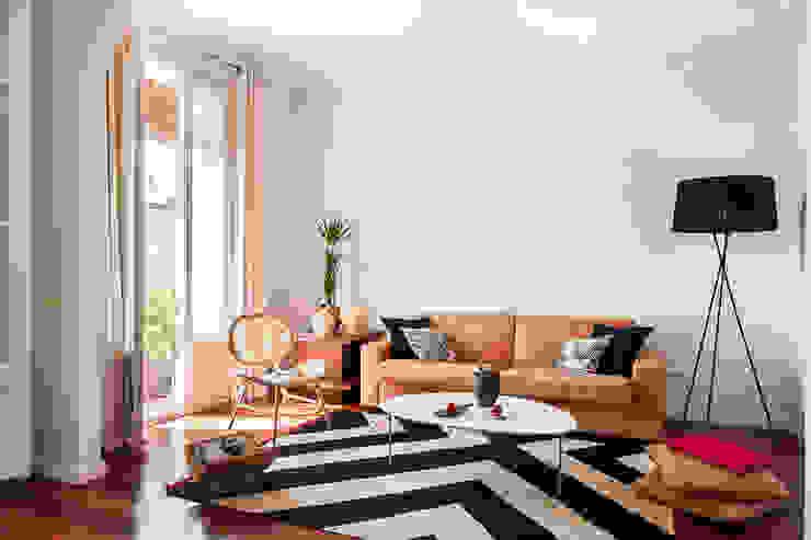 Living room โดย Markham Stagers โมเดิร์น