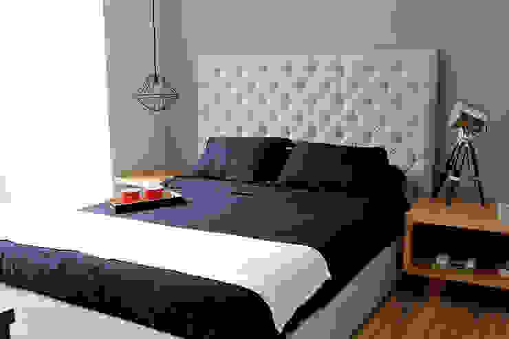 Cosmocrat Dormitorios modernos de Interia Muebles Moderno