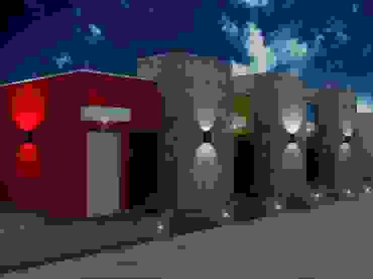 FACHADA DE LOS DEPARTAMENTOS PARA RENTA Casas modernas de ARQ. GONZBAR Moderno Concreto