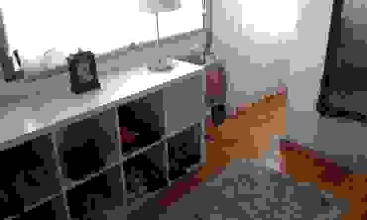 O antes e depois duma moradia com mais de 50 anos Closets ecléticos por Erina Cardoso Eclético