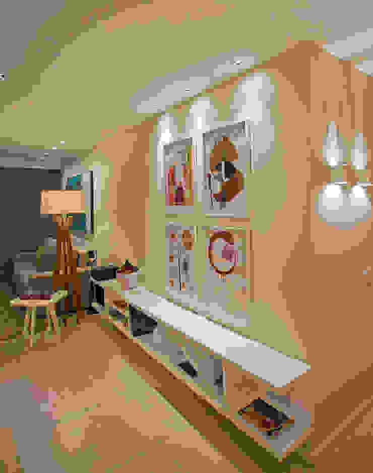 Andréa Spelzon Interiores Moderne Wohnzimmer