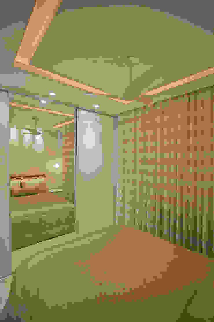 Andréa Spelzon Interiores Modern style bedroom