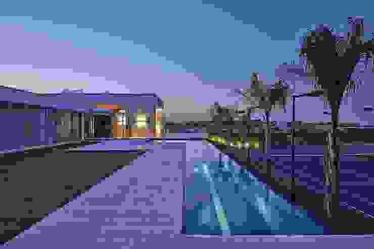 Lanza Arquitetos Rumah Modern