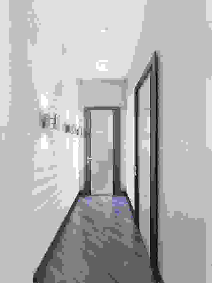 Minimalist corridor, hallway & stairs by Ольга Рыбалка Minimalist