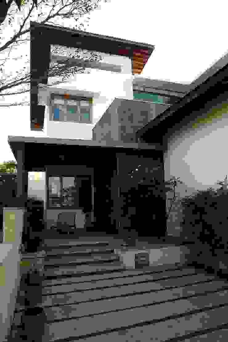 4th axis design studio Тераса Камінь