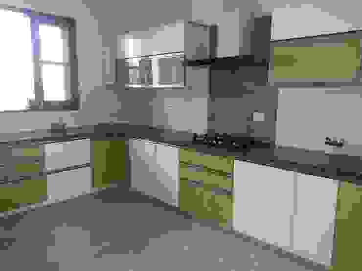 Residential interiors Modern kitchen by Ingenious Modern
