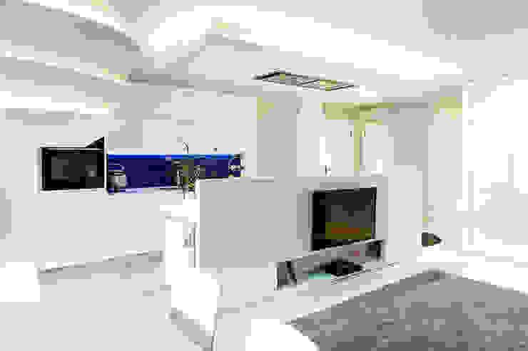Gala Feng Shui Interiorismo online en Azpeitia 现代客厅設計點子、靈感 & 圖片