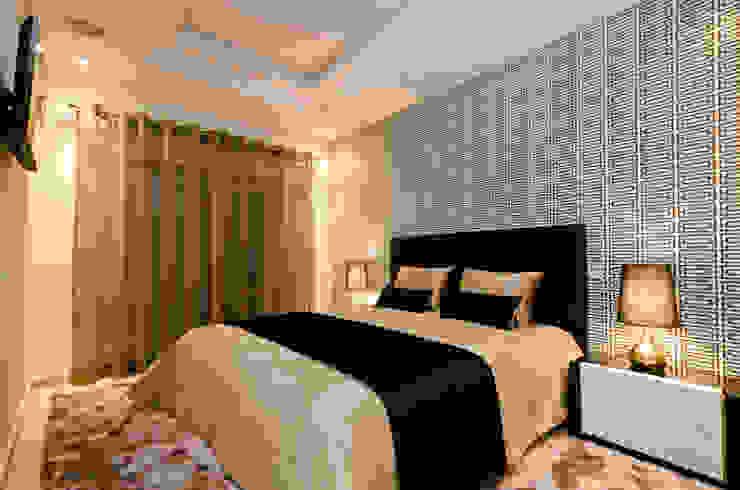 Interior Design Project - Almancil - The Crest por Simple Taste Interiors Clássico