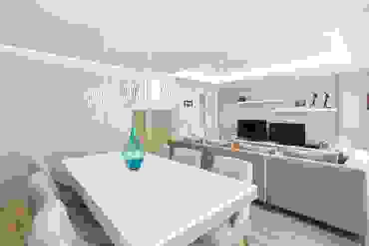Reforma vivienda estilo nórdico en A Coruña Salones escandinavos de GESTION INTEGRAL DE PROYECTOS DEL NOROESTE S.L. Escandinavo