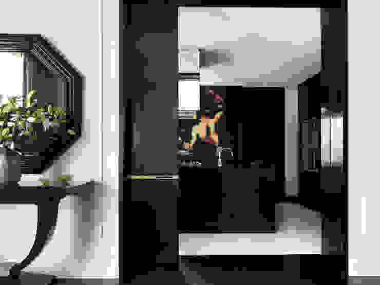 Hallway راهرو سبک کلاسیک، راهرو و پله من Janine Stone Design كلاسيكي خشب Wood effect