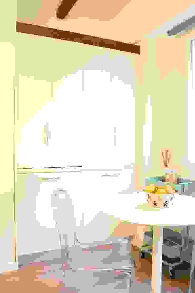 Eclectic style kitchen by studio ferlazzo natoli Eclectic
