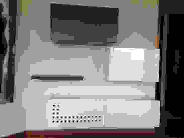 PROYECTO MOBILIARIO. ESTUDIO APARTAMENTO de La Carpinteria - Mobiliario Comercial Moderno
