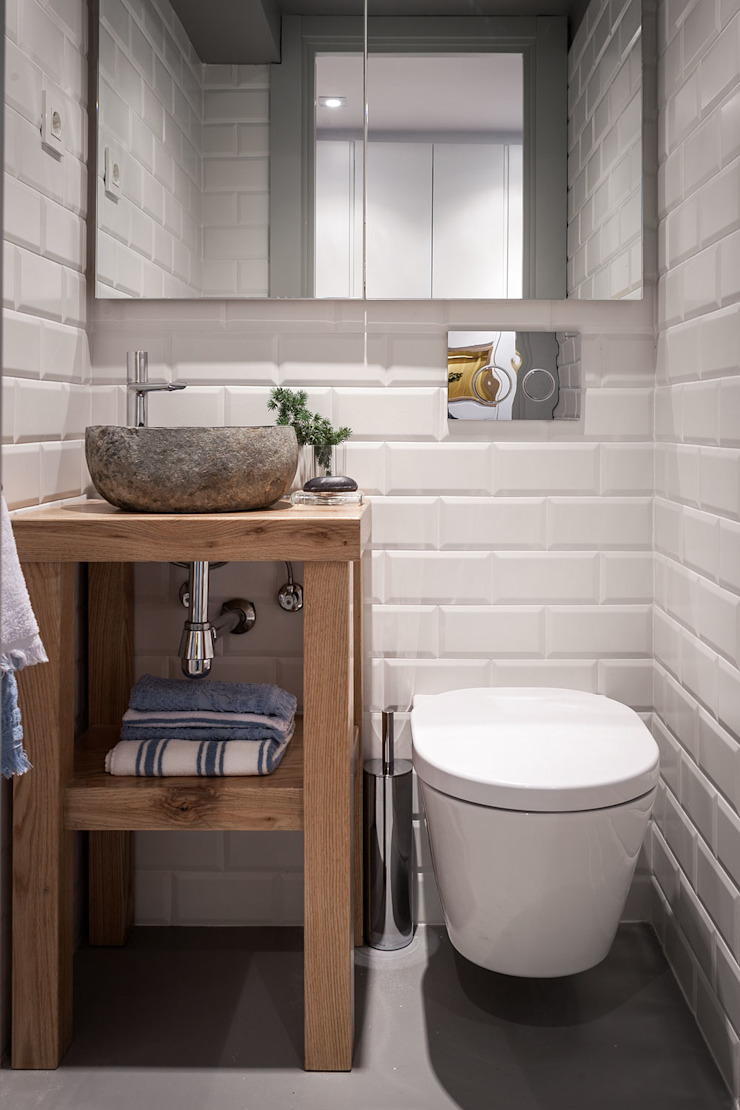 Modern bathroom by Estibaliz Martín Interiorismo Modern