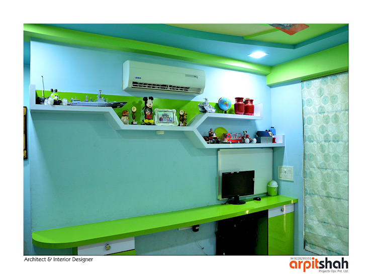 Hirenbhai@Gandhinagar Classic style bedroom by ARPIT SHAH PROJECTS OPC PVT LTD. Classic Plywood